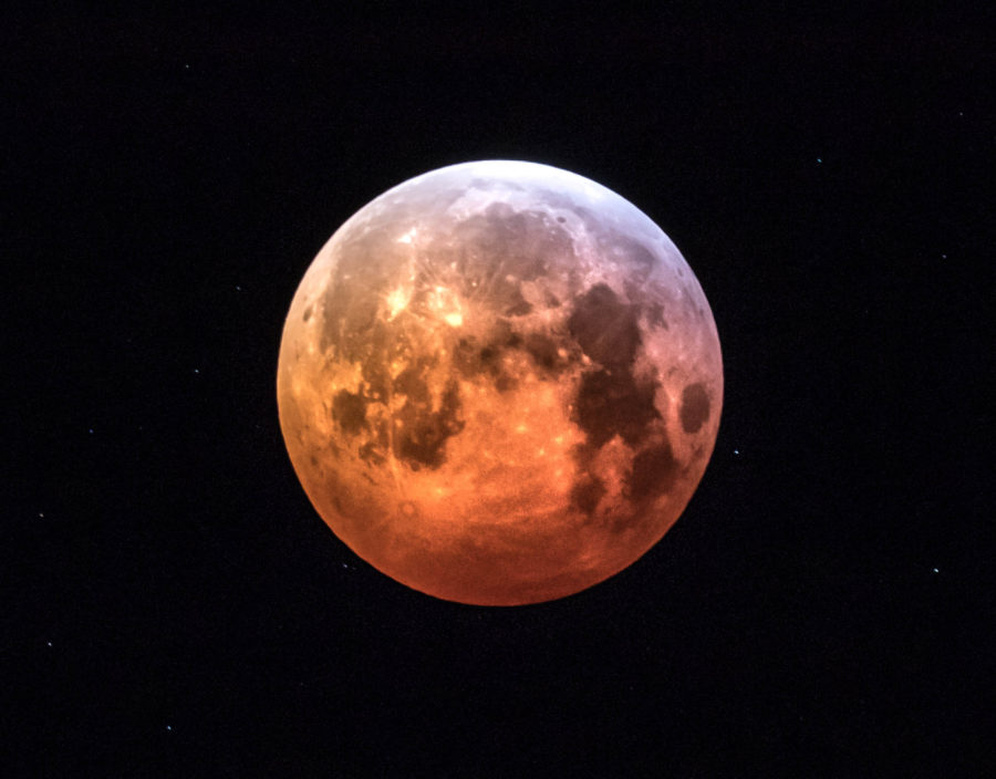 Blood moon photograph