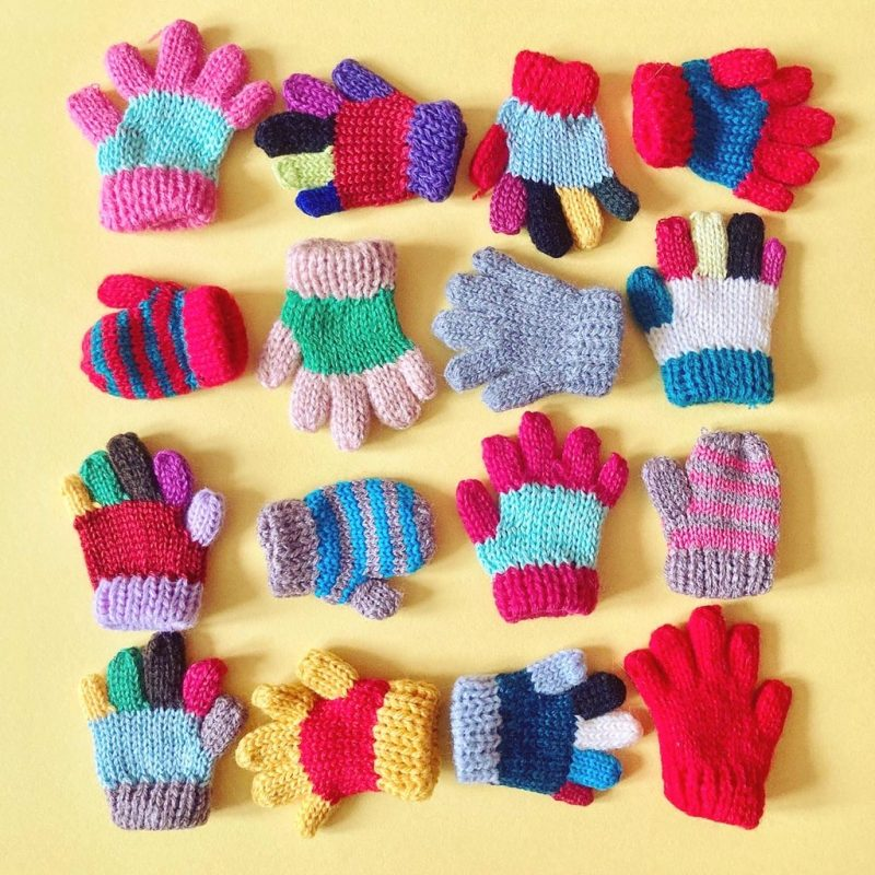 Mini glove broach