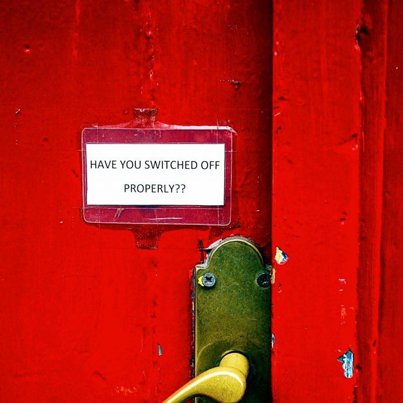 A doorhandlw with the words